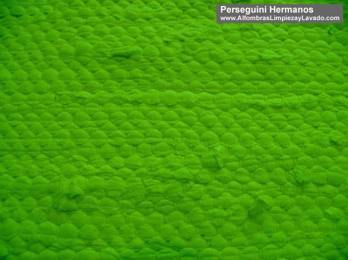 detalle alfombra verde